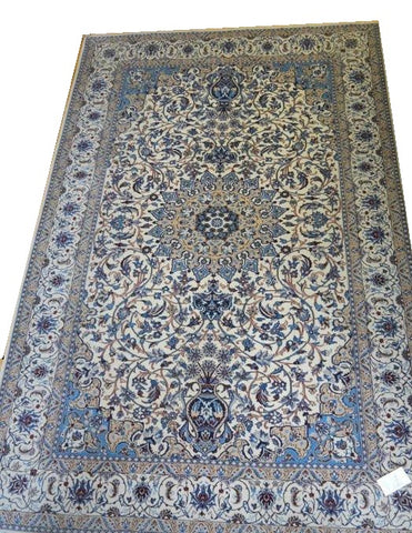 15018 - Nain Persian Hand-Knotted Authentic/Traditional Carpet/Rug Silk-made