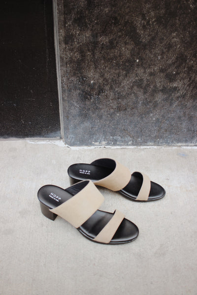 two strap sandal / taupe - the general public
