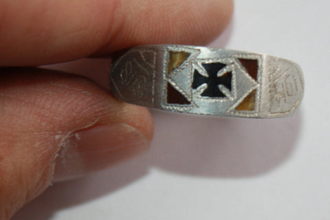 Vintage WWI 1914-1918 Iron Cross Ring Trench Art (423MOM-C)