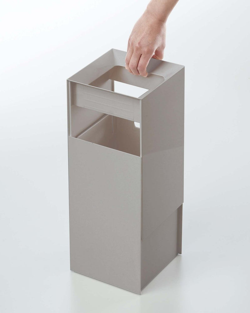 Veil Square Trash Can