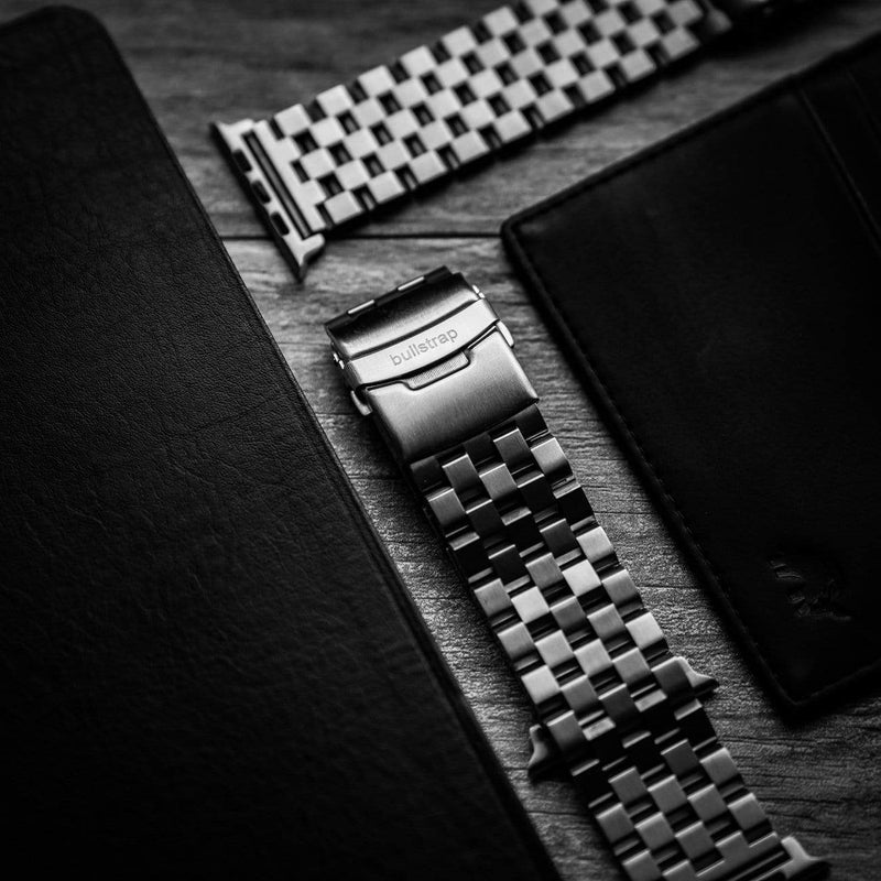METAL Apple Watch Strap - Silver