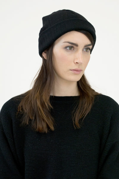 Black Crinkle Hat