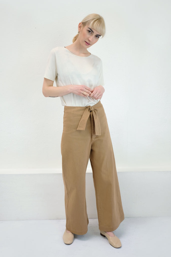 Camel Knotted Sailor Pant