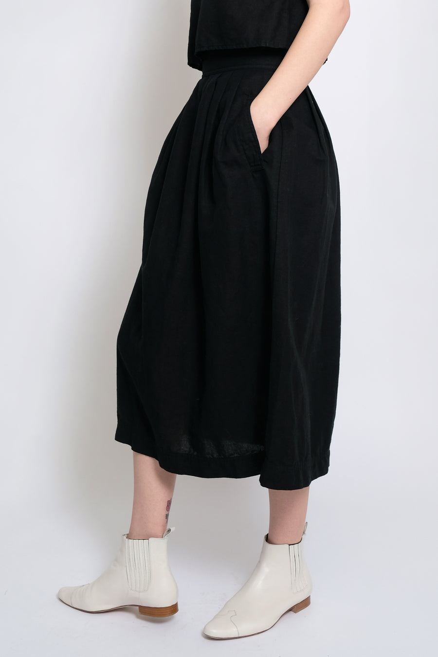Black Ellis Pleated Skirt