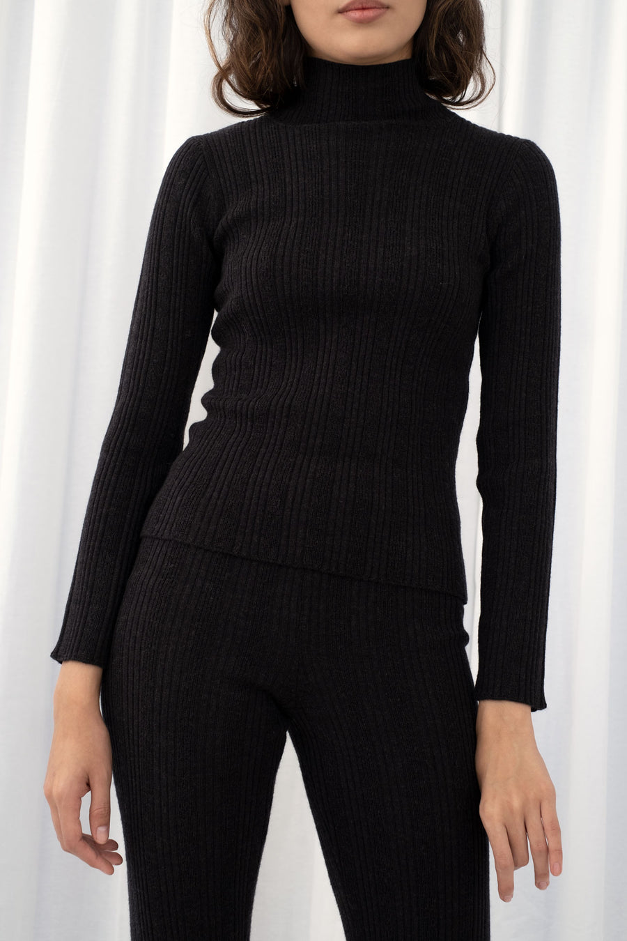 Melange Black Rib Turtleneck