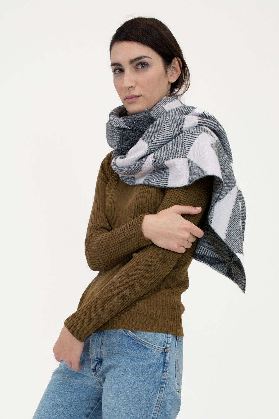 Grey Spectrum Scarf