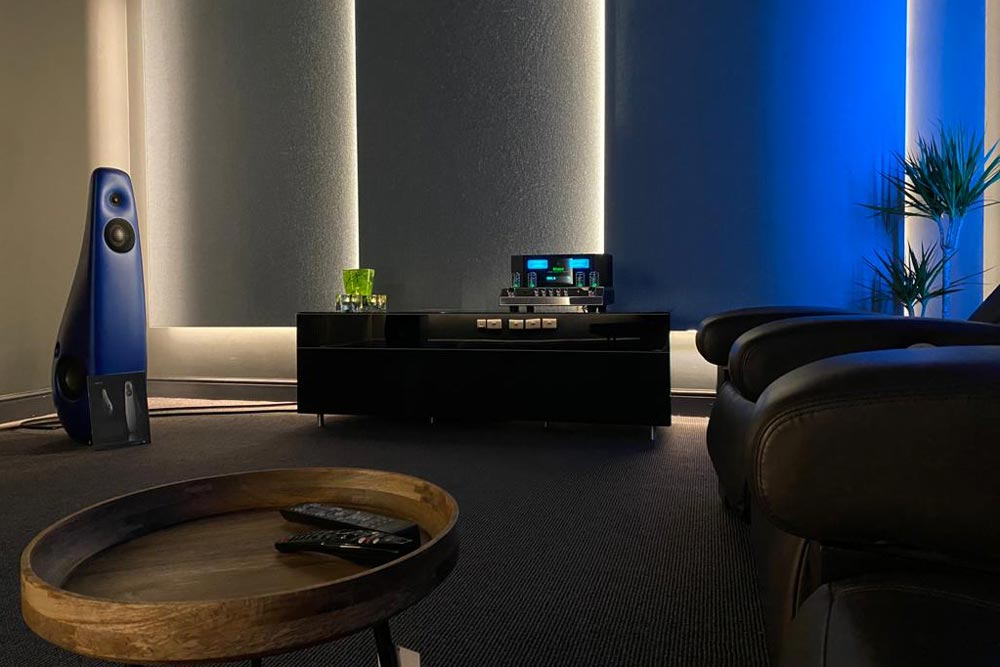 a home cinema room idea for watching movies and listening to music.
