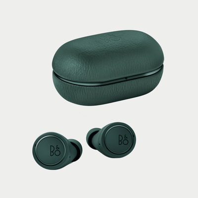 Bang & Olufsen Beoplay E8 | Wireless Earphones | Close Case with Earbuds | Green | Holburn Online