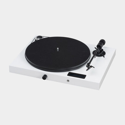 White turntable by British manufacturer Pro-Ject.