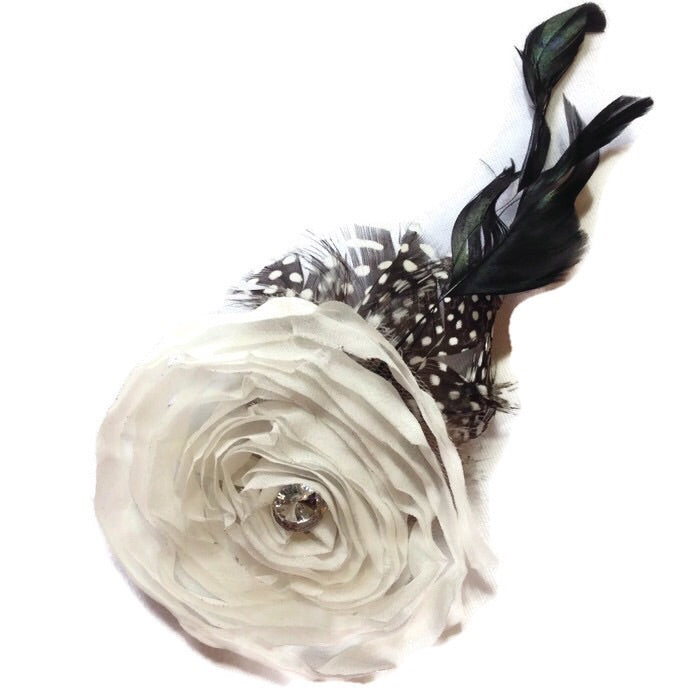Swirl Feathered Flower Hair Clip-White