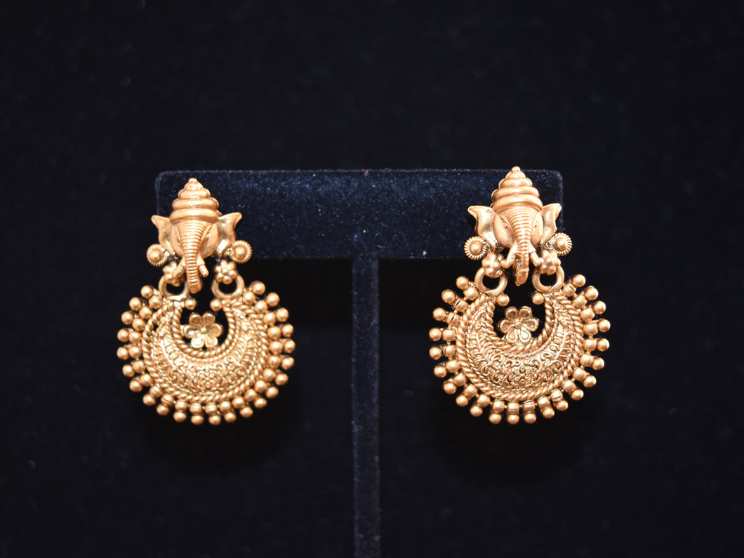 Vinayaka- Elephant style Traditional Earrings - VishMantra.com