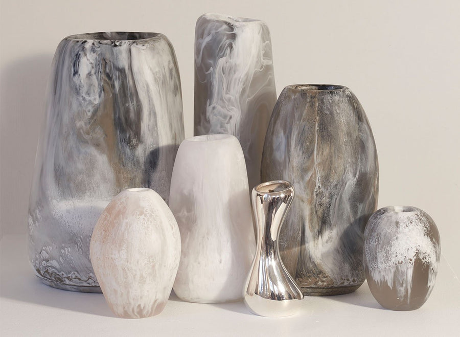 Large Resin River Stone Vase - Snow Swirl