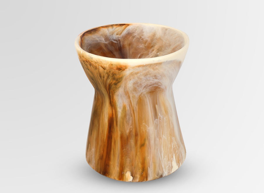 Resin Bow Vase - Light Horn