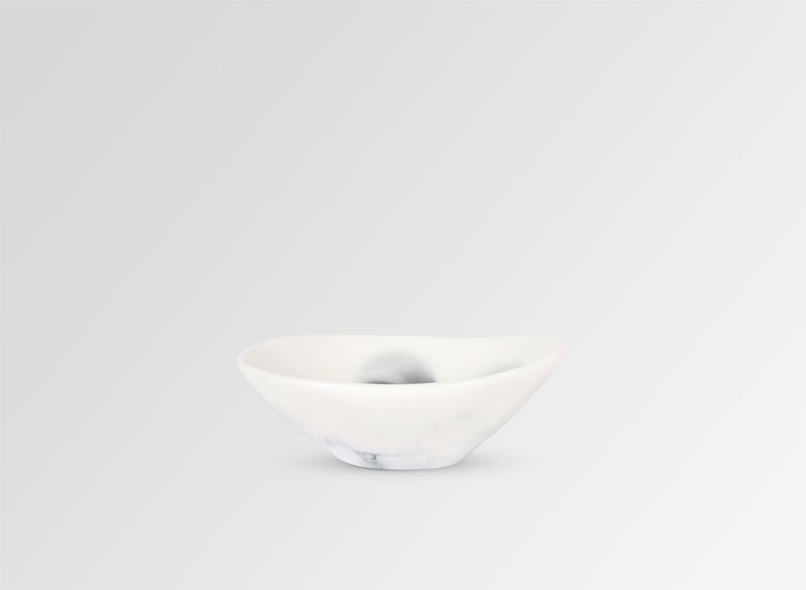 Resin Flow Soy Dish - White Marble