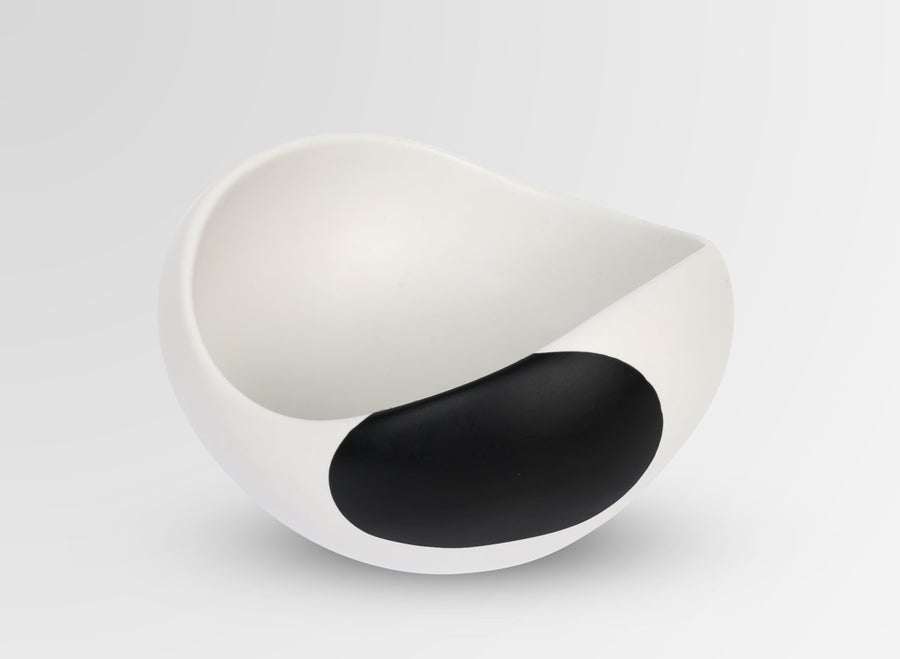 Medium Resin Beetle Bowl - Black Dot on Chalk