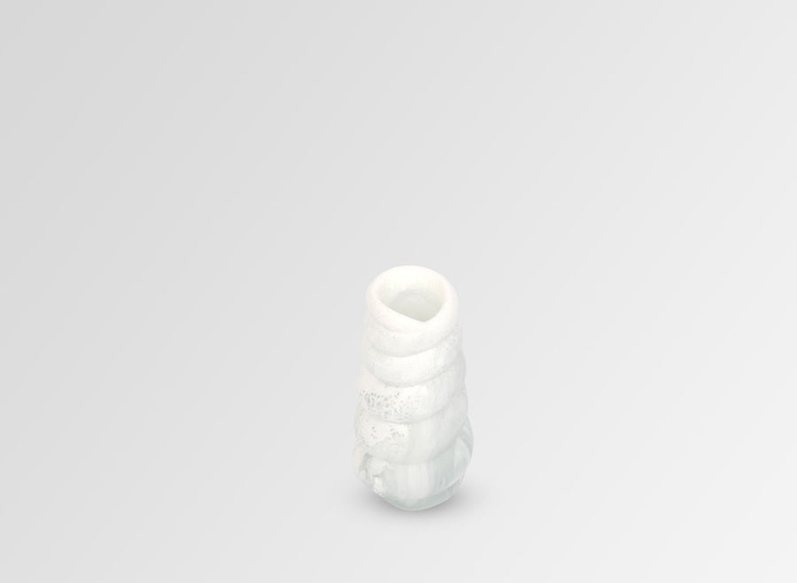 Small Resin Shell Vase - Snow Swirl