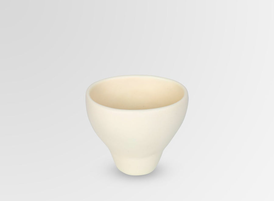 Small Resin Offering Vase - Cream