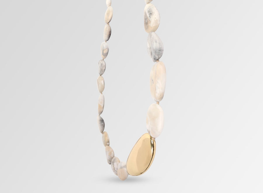 Brass Pebble Stone Necklace - Sandy Pearl