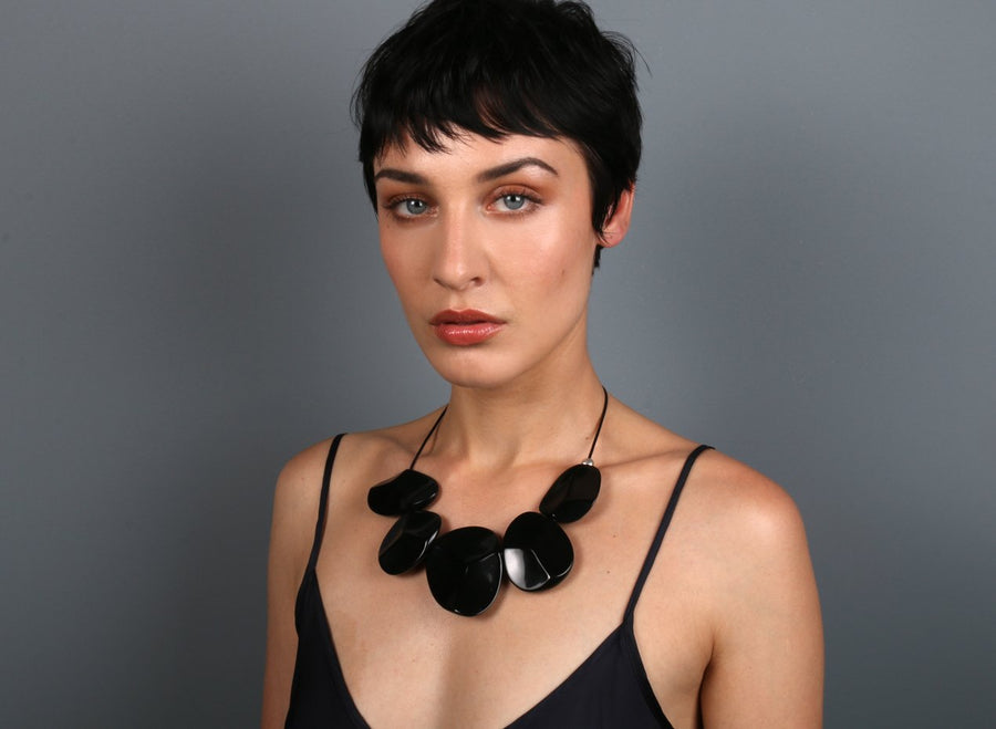 Resin Carved Necklace - Black
