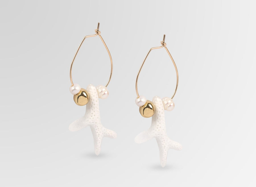Cloud Coral Hoop Earrings - Snow Swirl
