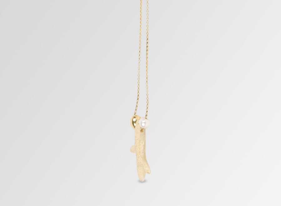 Pearl Coral Pendant - Sand