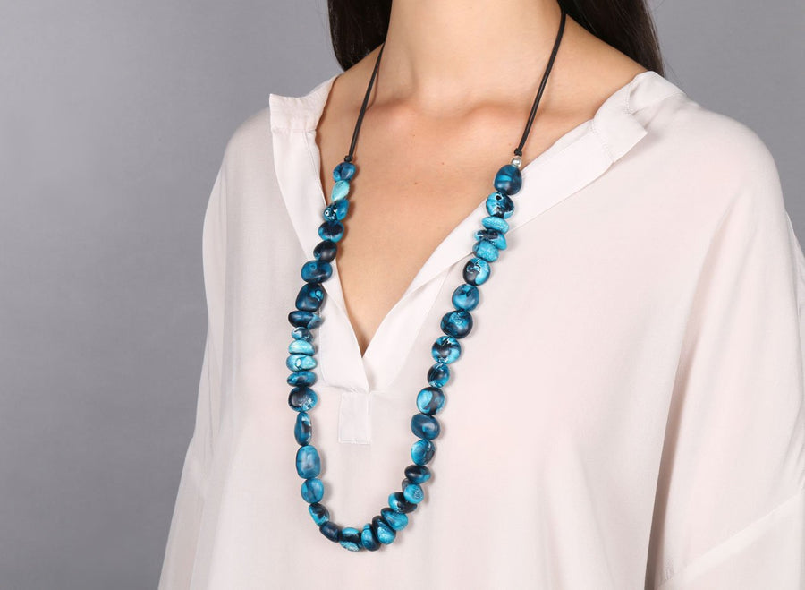 Classic Resin Earth Half Necklace - Moody Blue