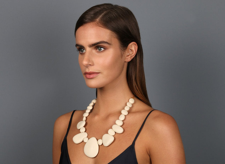 Resin Riverstone Necklace - Cream