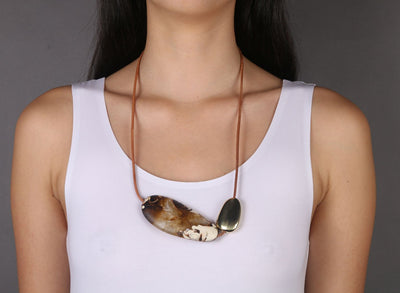 Resin and Brass Stone 1 Necklace - Light Horn