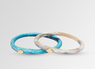 Brass Round Rock Wishbone Bangle - Sandy Pearl