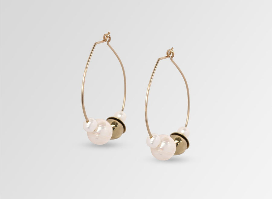 Pearl Cluster on Wire Hoop Earrings - Gold