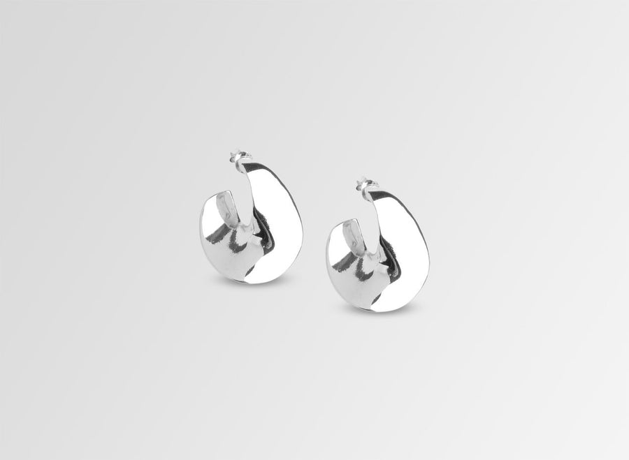 Louise Olsen Small Infinity Earrings - Silver Plated