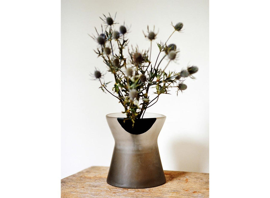 Resin Bow Vase - Black Dot on Charcoal