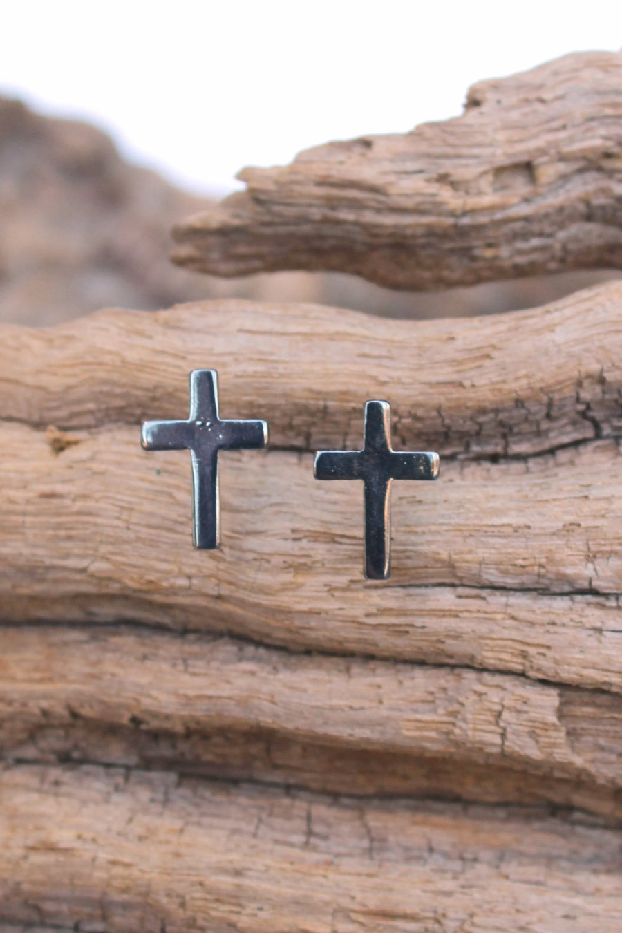 Rustic Edge Cross Earrings, Black