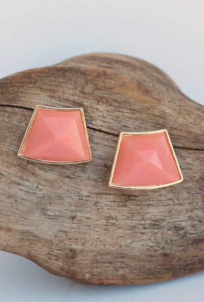 Curvy Trapezoid Earrings, Apricot