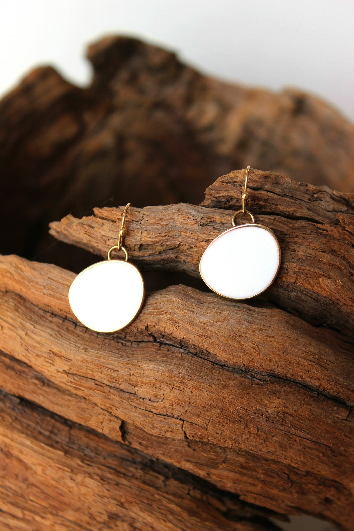 Glossy Organic Earrings, White
