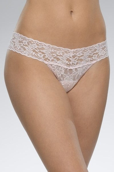 Hanky Panky: Signature Lace Low Rise Thong, Bliss Pink