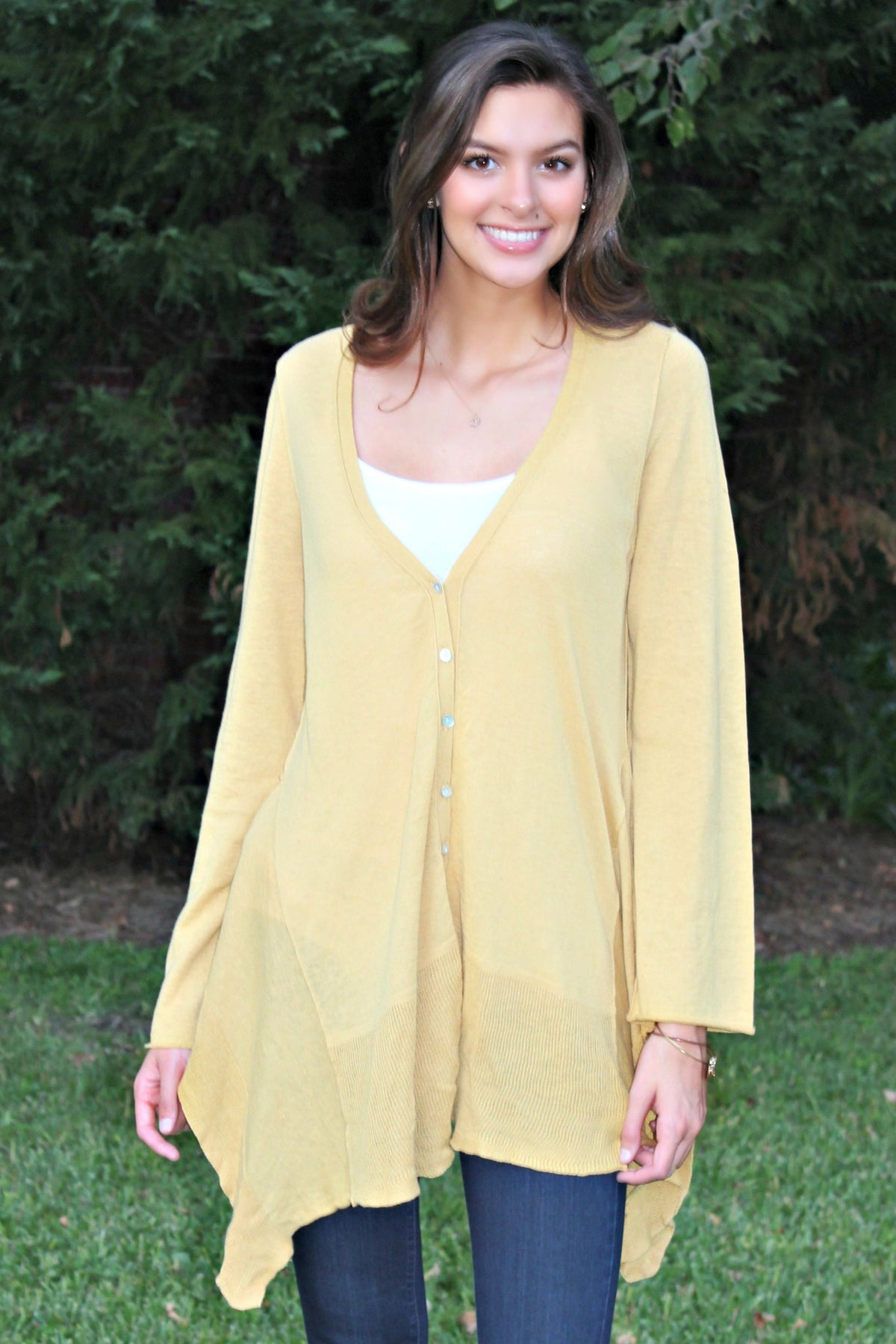 Ivy Jane: The Perfect Cardigan, Gold
