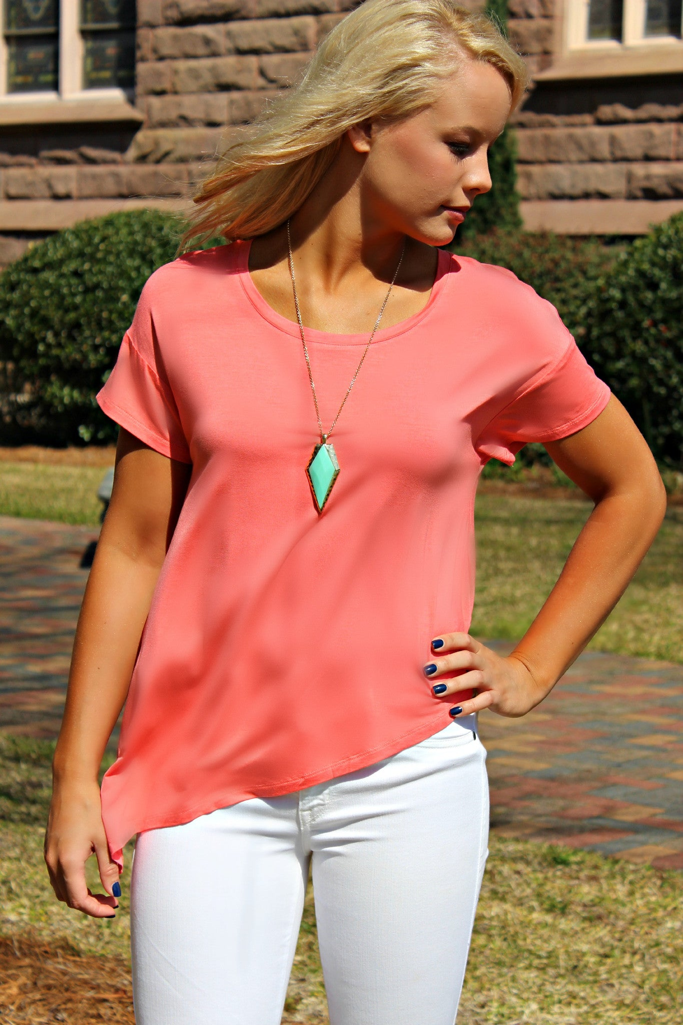 Camille Top, Coral
