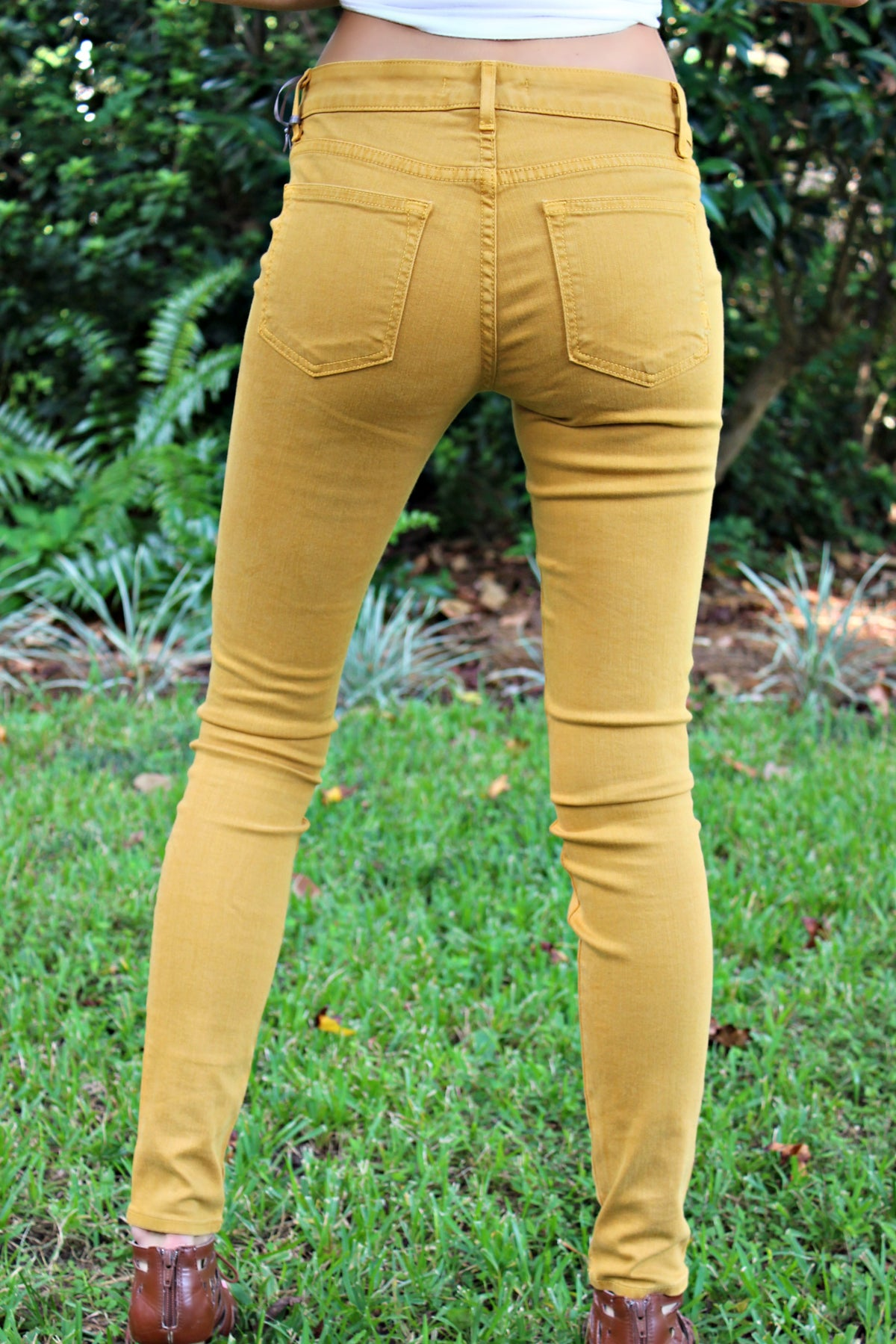 Rich & Skinny: Legacy Jeans, Gold