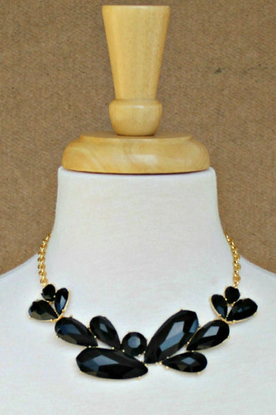 Teardrop Beads Necklace, Black