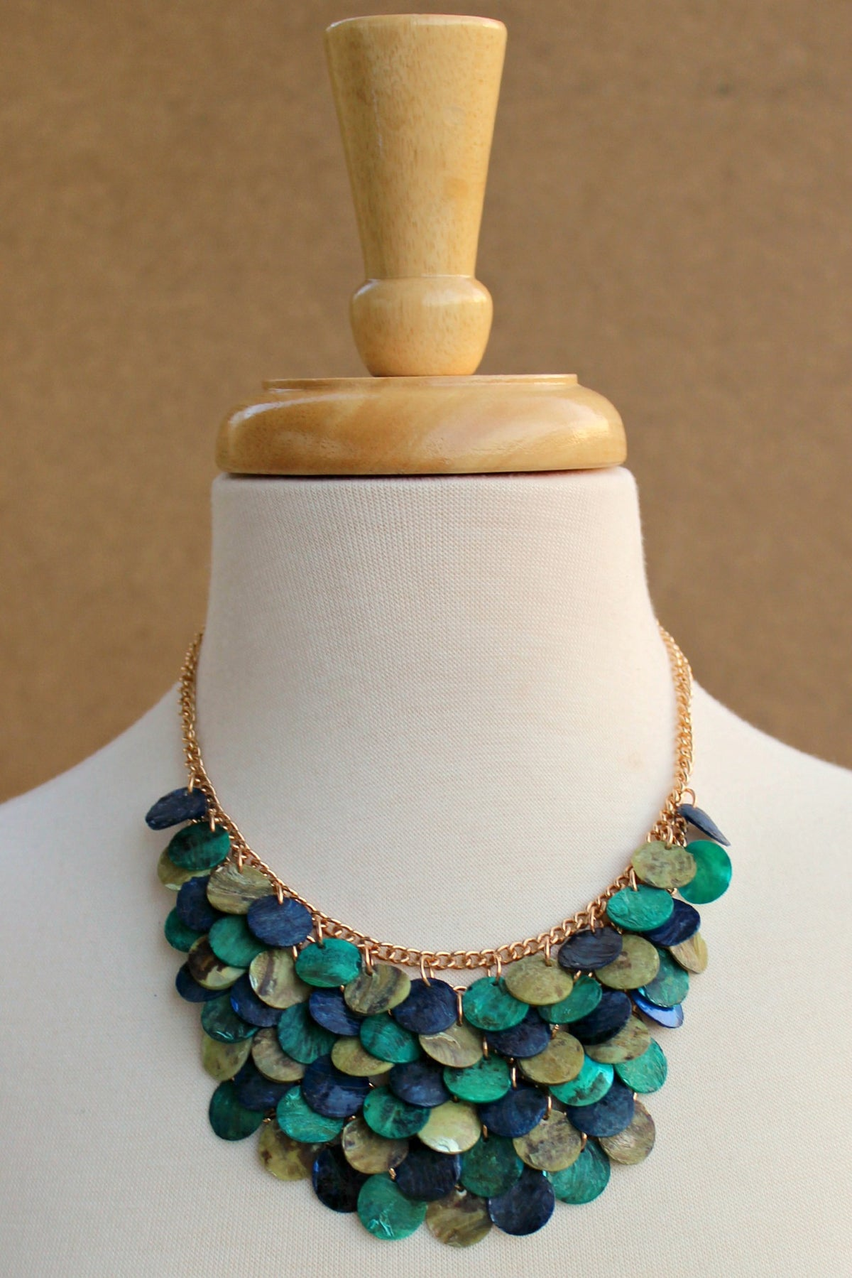 Shell Disk Bib Necklace, Multi