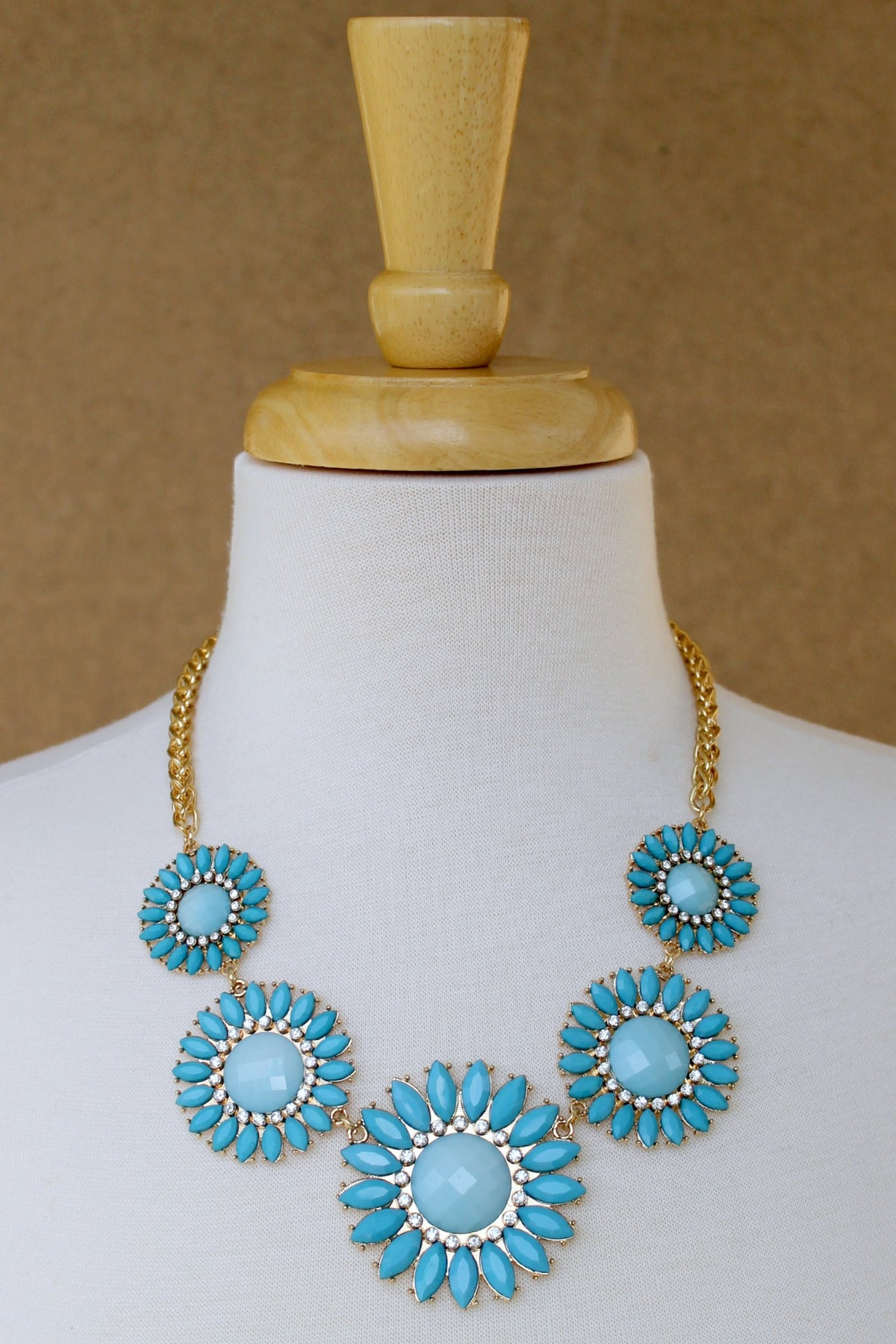 Graduated Daisy Statement Necklace, Aqua