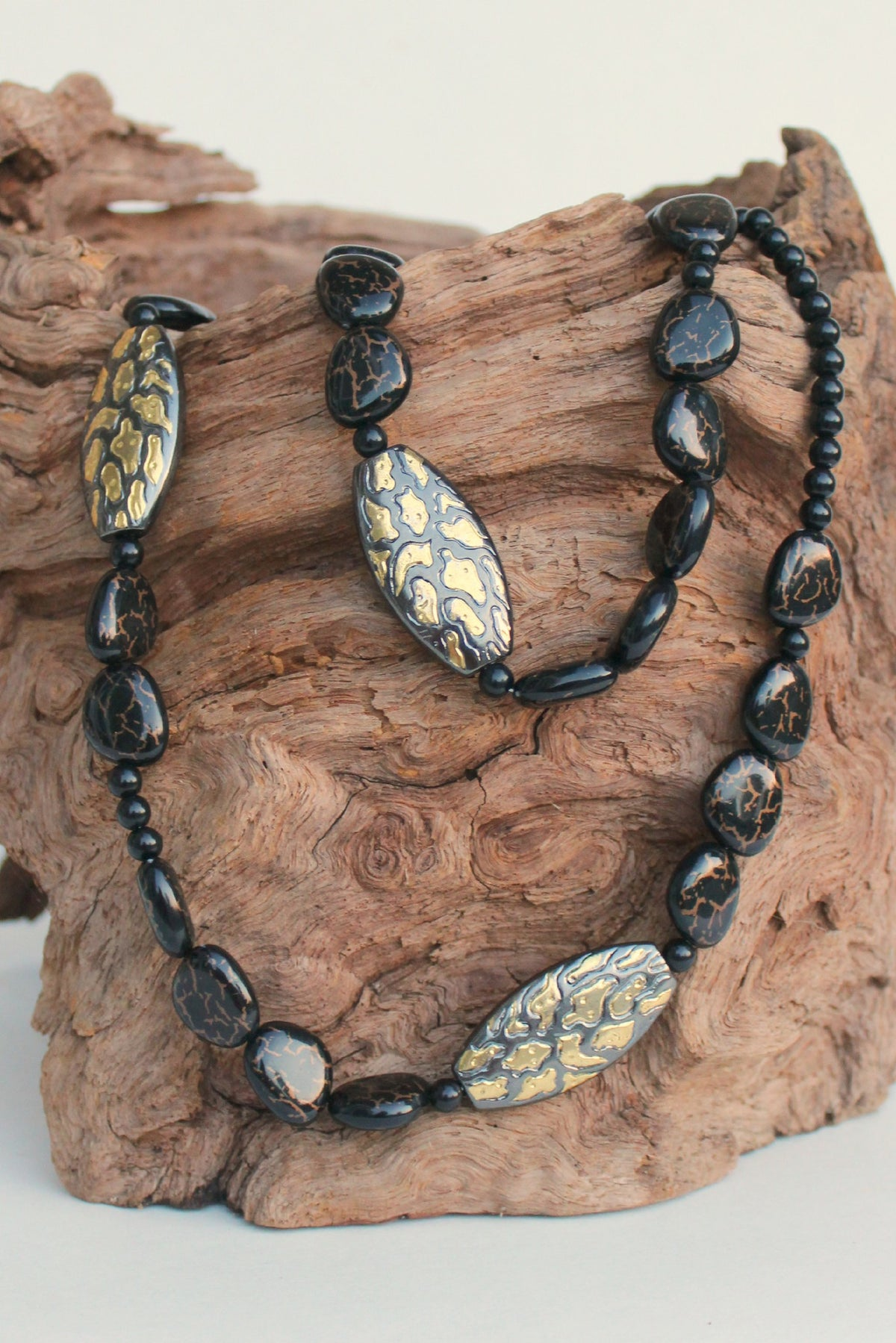 Variegated Beaded Necklace, Brown