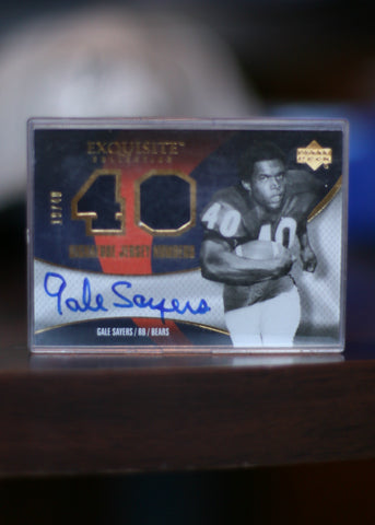 Signed Trading Card Gale Sayers #40 Exquisite Collection Upper Deck