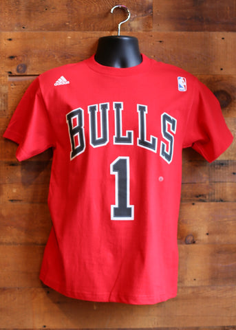 Men's T-Shirt Chicago Bulls Red Bulls written with #1 on Front, Rose on Back