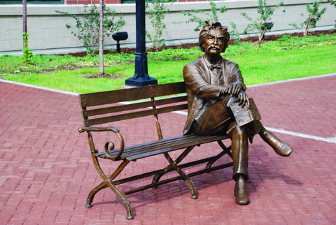 Mark Twain III - Bronze Sculpture by artist Gary Lee Price