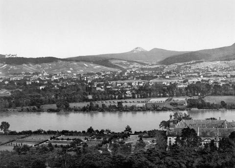 Hohenhonnef and Nonnenwerth the Rhine Germany