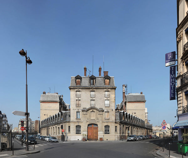 Paris  caserne Chateau-Landon 01