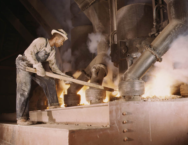 Phosphate smelting furnace worker  Muscle Shoals fsac.1a35278u