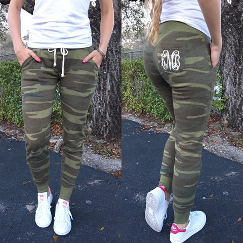 Monogram Camo Capri Leggings